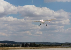 UAV Navigation Flight Control Landing